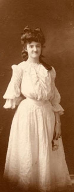 AB48 Gracie Bales, 1905