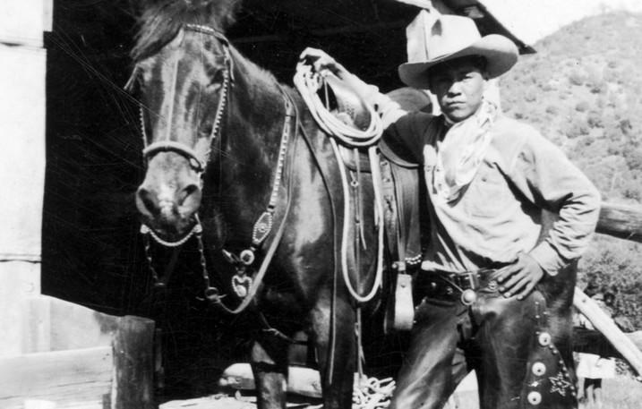 Mono Indian Man Cowboy Homer Dandy