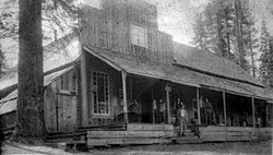 M070 Shaver Lake store and post office,