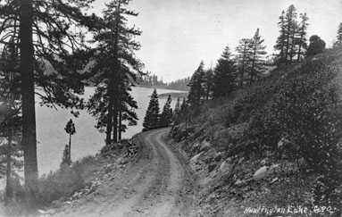 M031 Dirt road along Huntington Lake, ci