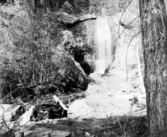 M040 Sunset Falls, Ockenden, 1882