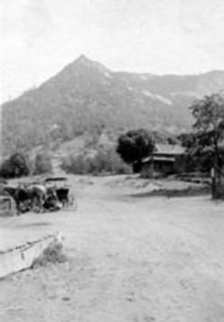 M110 Tollhouse Hill, circa 1915