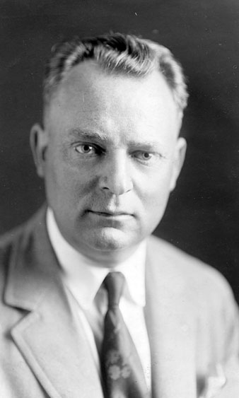 AB05 R.H. Andrews, circa 1935
