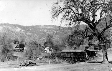 M092 View of Tollhouse, circa 1920
