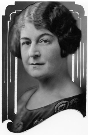 AB72 Mrs. George H. Ball, circa 1925