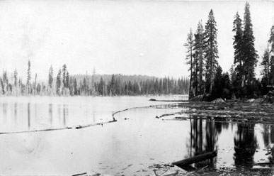 M082 Shore of Shaver Lake, circa 1900