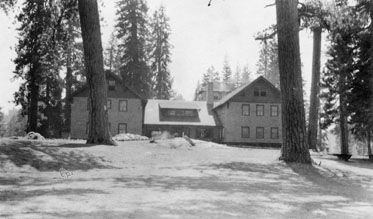 M030 Huntington Lake Lodge, Aug. 1915