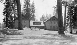 M030 Huntington Lake Lodge, Aug. 1915