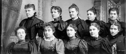 AR43 The Merry Wives Club, circa 1895