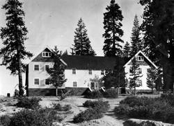 M013 Camp Edwards Hotel, Huntington Lake
