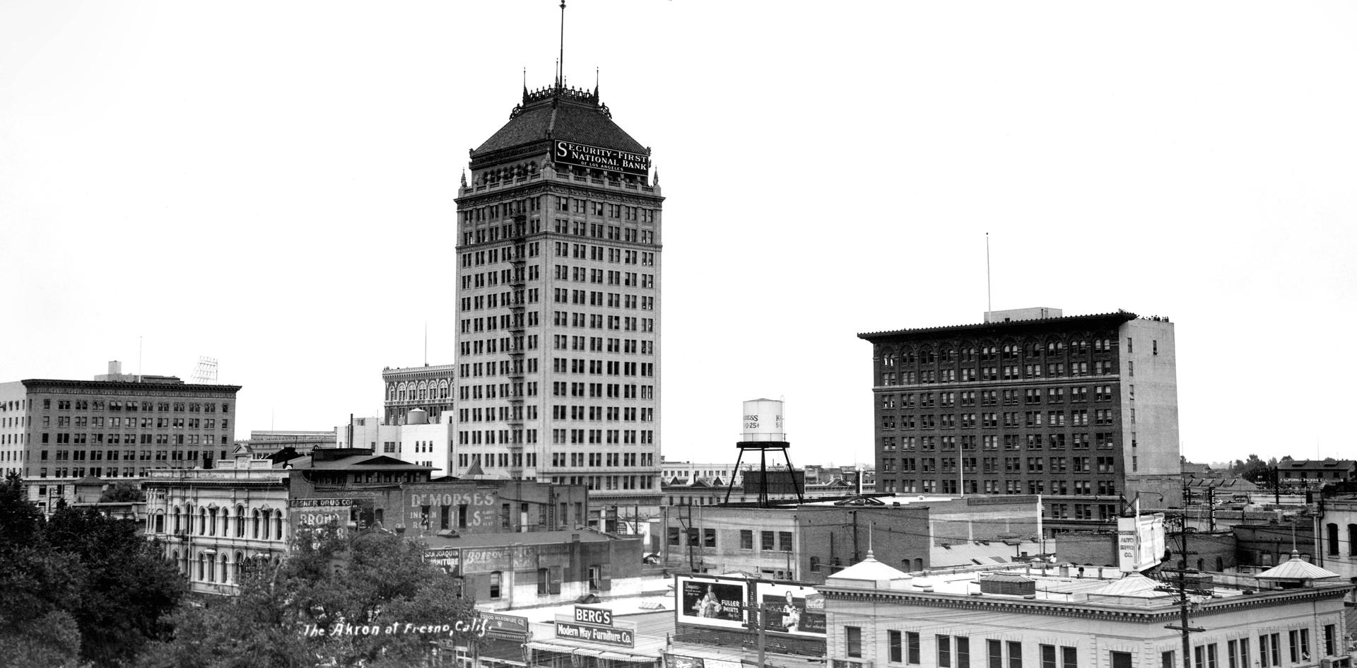 CityScene- Akron Blimo flying Over Fresno taken on May18-1932 by Pop Laval