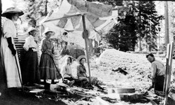 M052 Vistors at Frank Bretz's shake camp