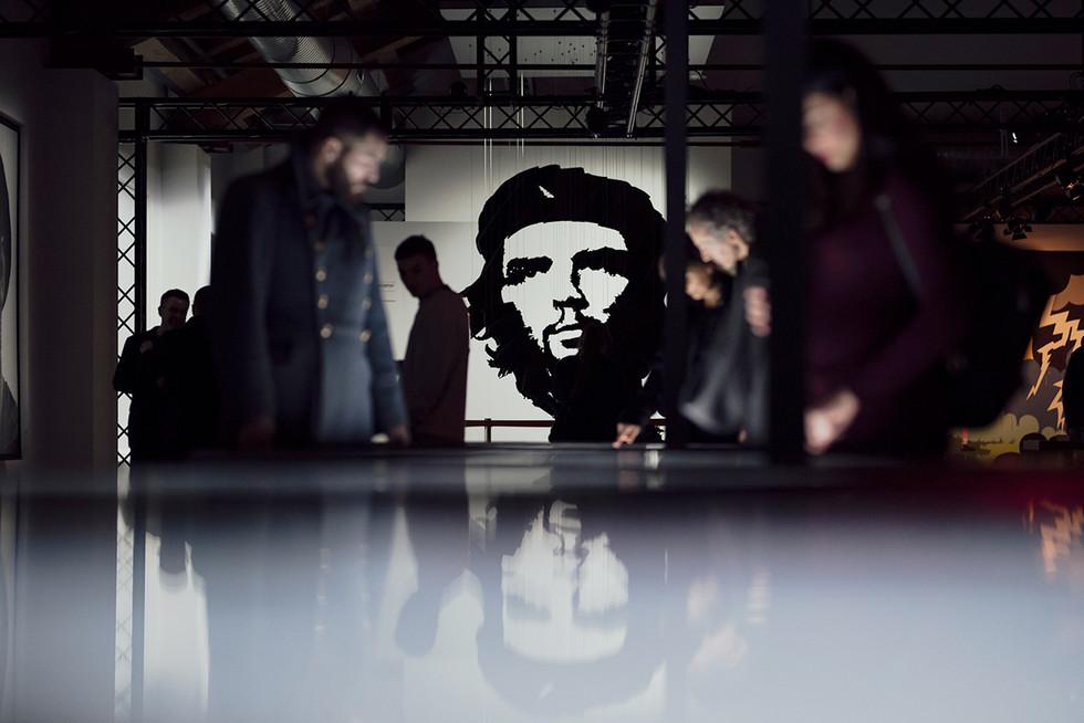 Che-Guevara.Tu-y-Todos_bassa152.jpg