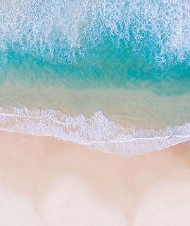 Moře osobního rozvoje - nová práce, životní styl, šťastný a spokojený život, smysl života