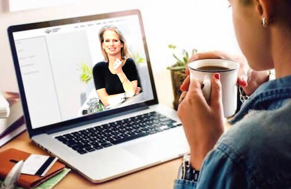 Coach on-line na monitoru počítače.