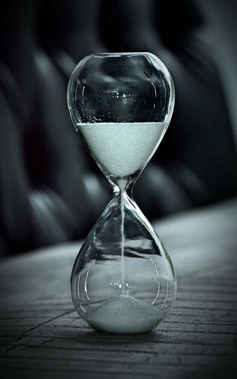 Skleněné přesýpací hodiny jako měřič procesu změny