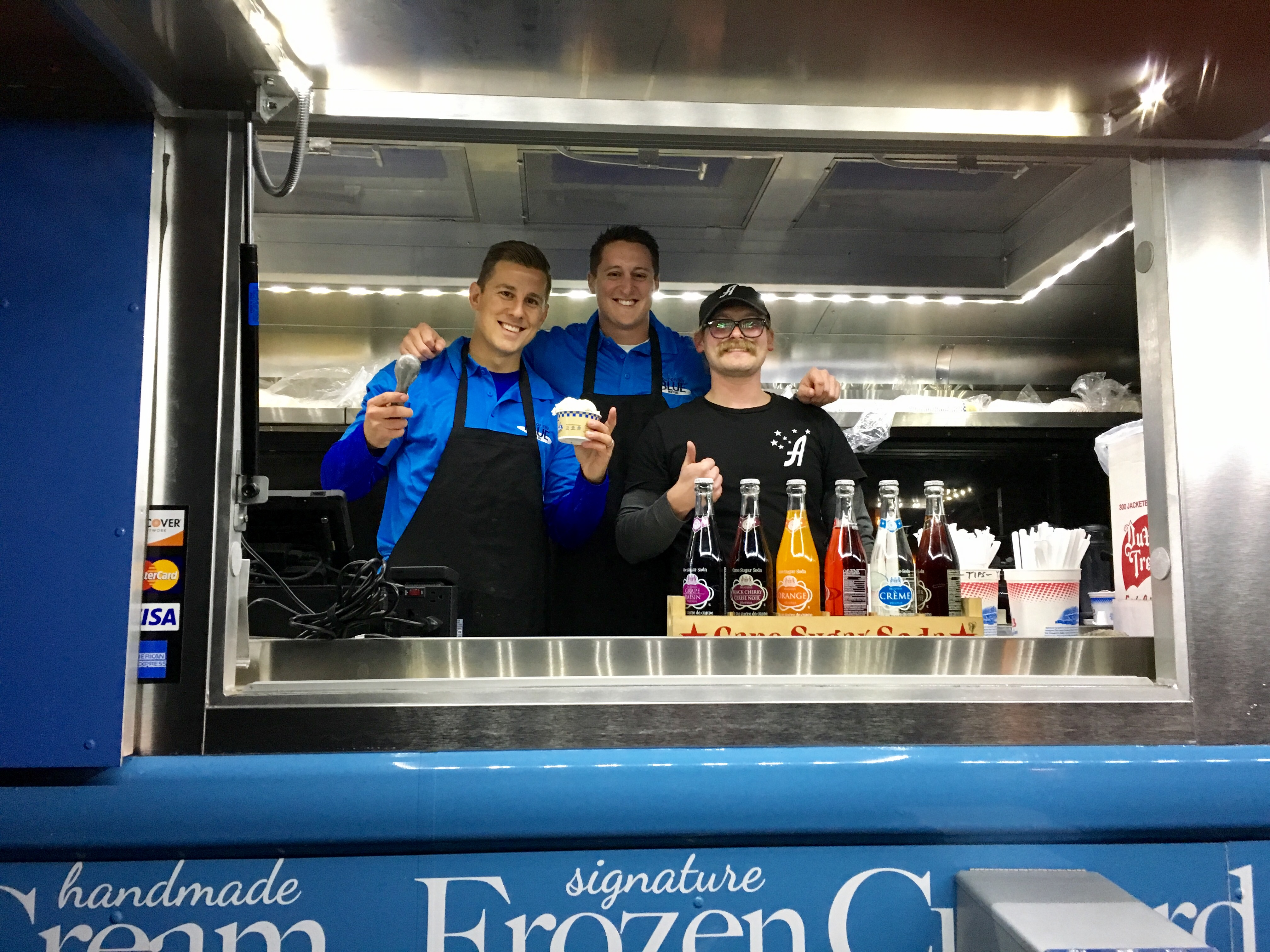 out-of-the-blue-wny-andersons-frozen-custard-food-truck