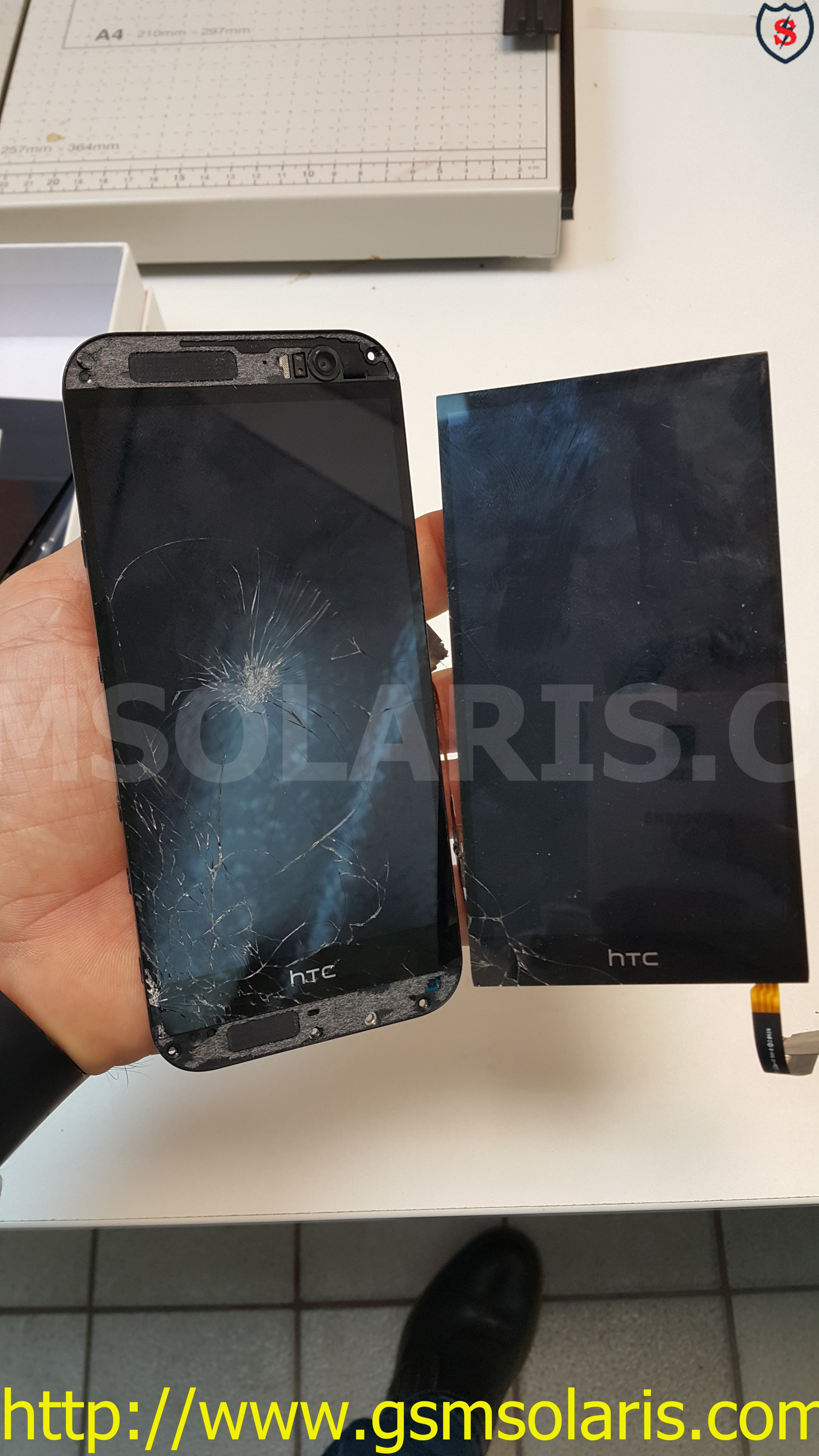 смяна на дисплей на HTC M7.jpg