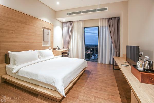 Standard King Jinhold Hotel Miri Sarawak.jpg