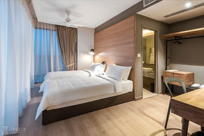 CLASSIC SIX BEDROOM 1 Jinhold Serviced Apartment Miri Sarawak.jpg