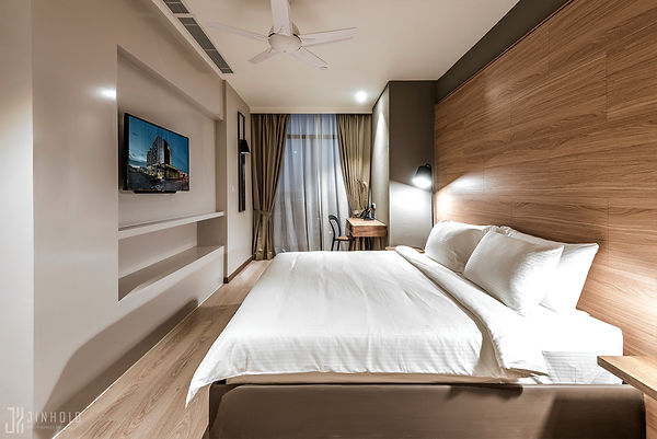 CLASSIC SIX MASTER BEDROOM Jinhold Serviced Apartment Miri Sarawak.jpg