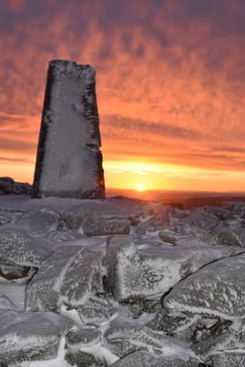 Freezing sunrise on Pumlumon