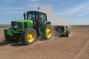 tractor - Copy.jpg