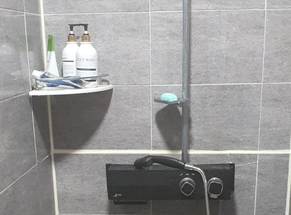 마포 24시 마사지 샤워실