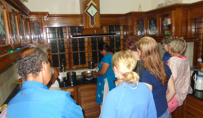 The host Raji shares the Tip of Local Cuisine to the Travelers