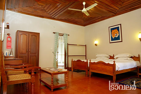 Spacious Rooms in Rosegardens Homestay Munnar