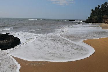 aadi_kadalai_beach_kannur_30.jpg