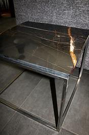 PETITE TABLE-02.jpg