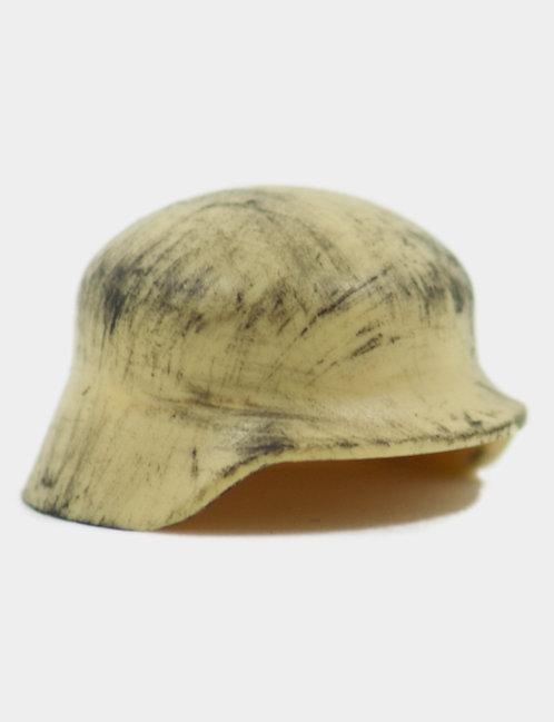 Scratched Stahlhelm Tan