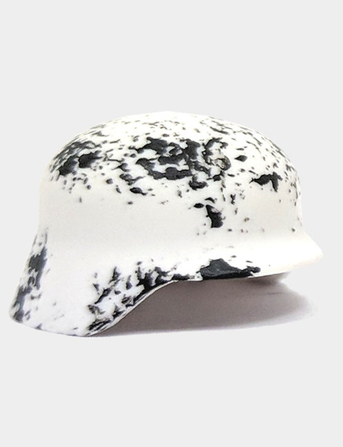 Chipped Stahlhelm White