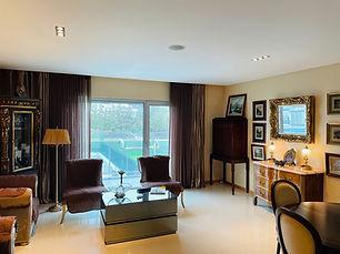 Luxurious City Apartment - Private Condominium