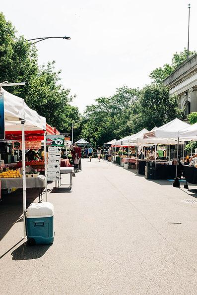 market entrance.jpg