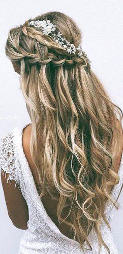 http://www.weddingforward.com/favorite-wedding-hairstyles-long-hair/2/