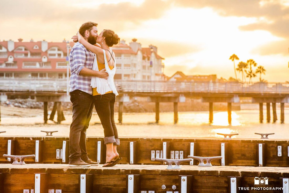 Photo on the dock by True Photography http://blog.truephotography.com/engagements/beach-engagement-photo-shoots/