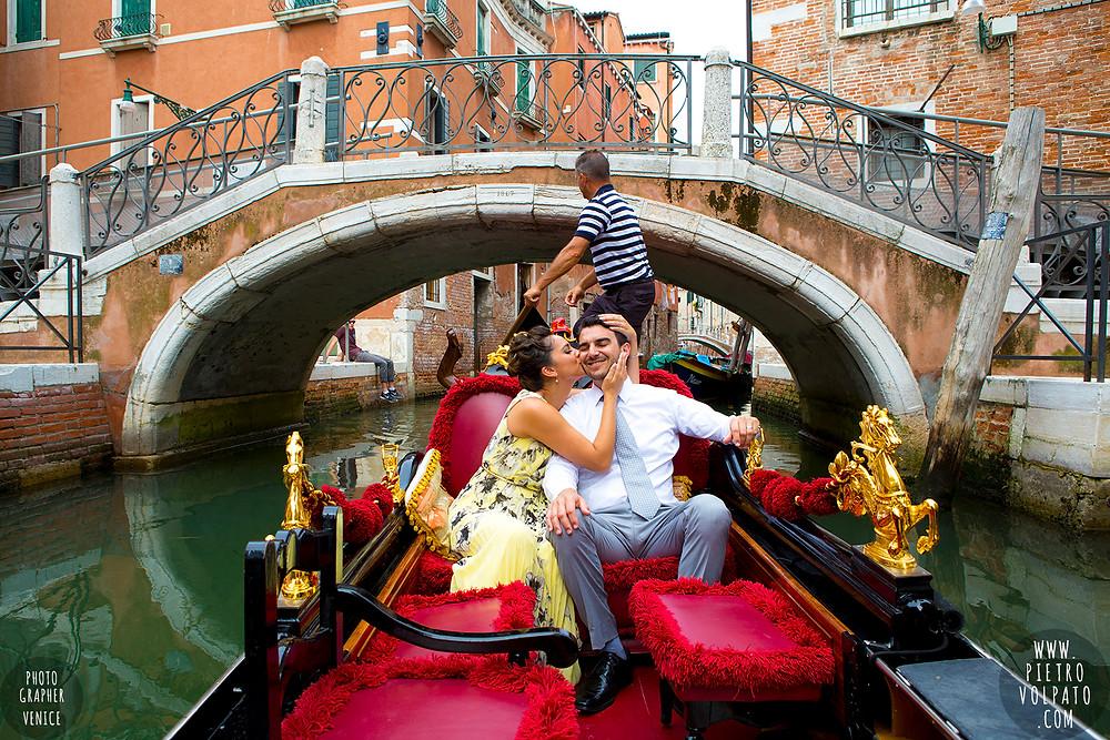 https://www.pietrovolpato.com/photographer-venice-italy-honeymoon-20150801