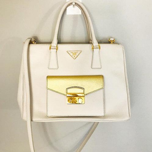 Bolsa Prada Branco com Dourado