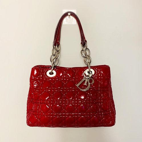 Bolsa Lady Dior em Verniz
