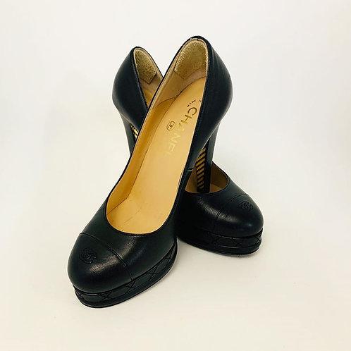 Sapato Chanel Preto tam. 36