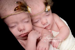 Séance tous petits petons jumelles