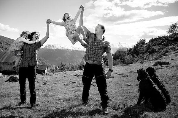 EkteLykke-familiebilde-øyeblikk.jpg