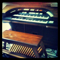 Welcome the new #organ to the #family #studio
