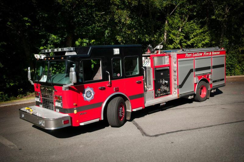 2010 DARLEY/SPARTAN FIRE ENGINE