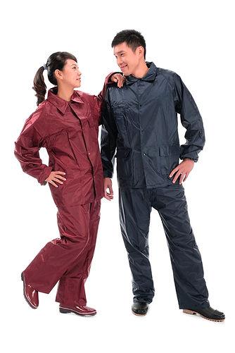 couple raincoat 02.jpg