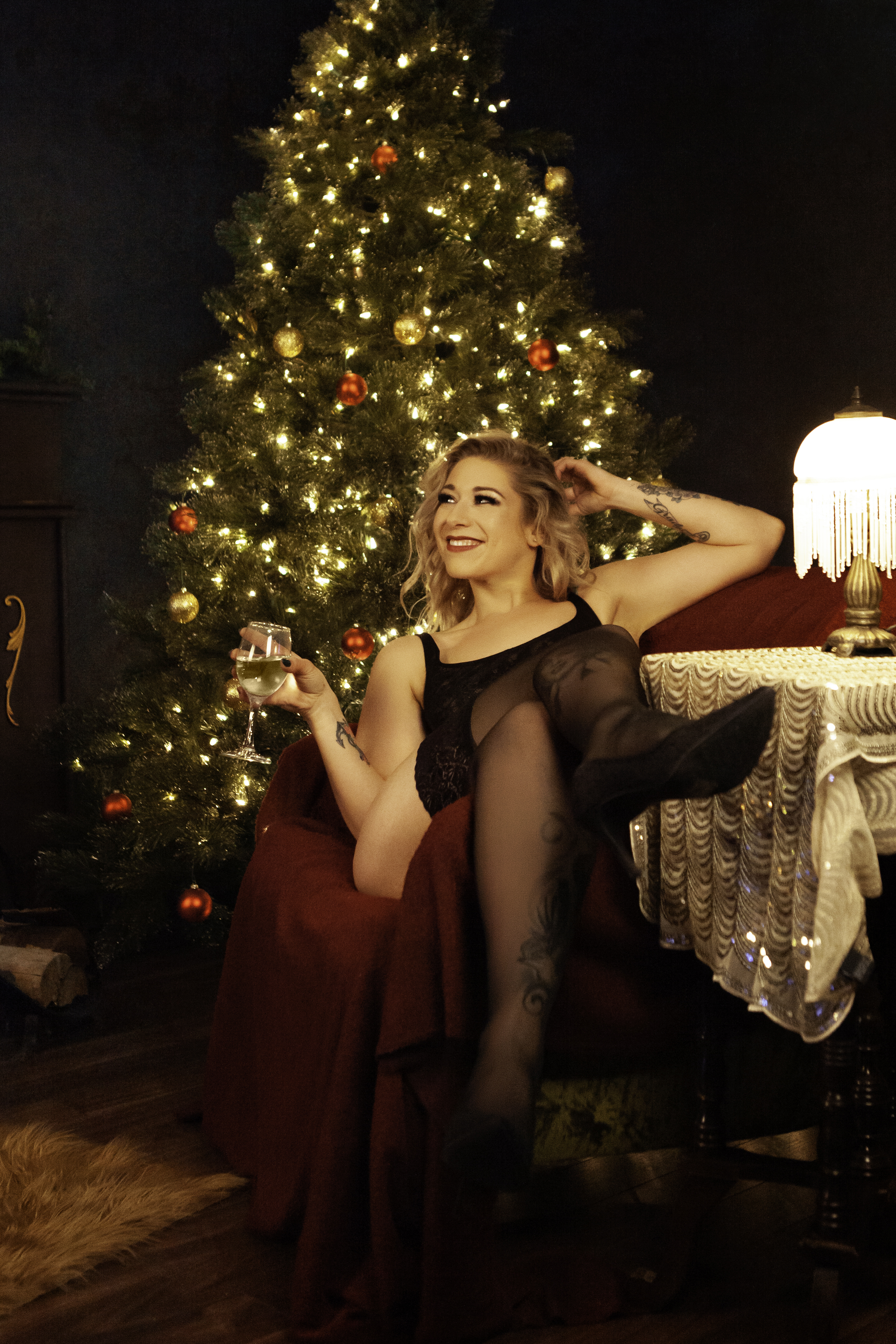 Christmas Boudoir Shoot