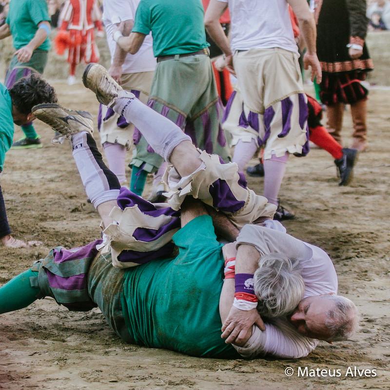 Partida de Calcio Storico entre os Brancos e Verdes. Foto cortesia do amigo Mateus Alves