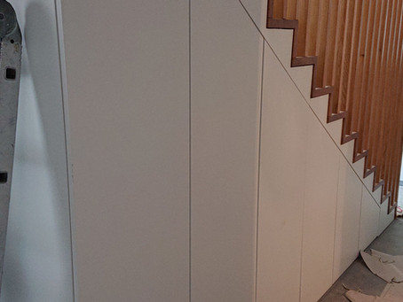 Agencement sous-escalier